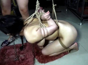 Bondaged asian dame Xiao Ran