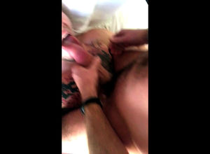 Inked faggot gets pop-shot in his throat